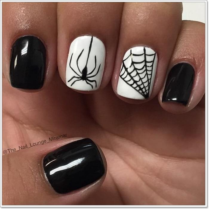 1582543771 670 105 Glitzy Halloween Nails to Rock Your Party Looks