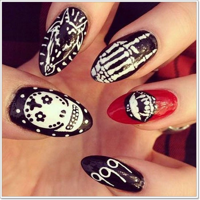 1582543772 363 105 Glitzy Halloween Nails to Rock Your Party Looks