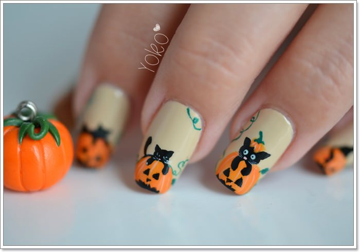 1582543773 521 105 Glitzy Halloween Nails to Rock Your Party Looks