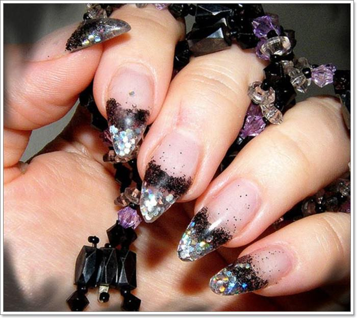 1582543776 733 105 Glitzy Halloween Nails to Rock Your Party Looks