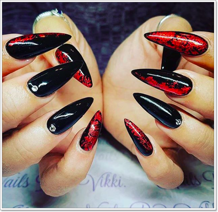 1582543781 672 105 Glitzy Halloween Nails to Rock Your Party Looks