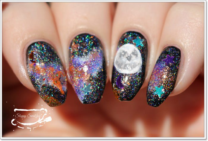 1582543783 135 105 Glitzy Halloween Nails to Rock Your Party Looks