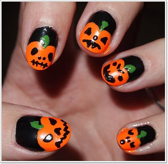 1582543786 369 105 Glitzy Halloween Nails to Rock Your Party Looks