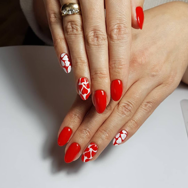 1582617086 684 15 Valentines Day Nail Art Designs to Recreate 14 February 2020