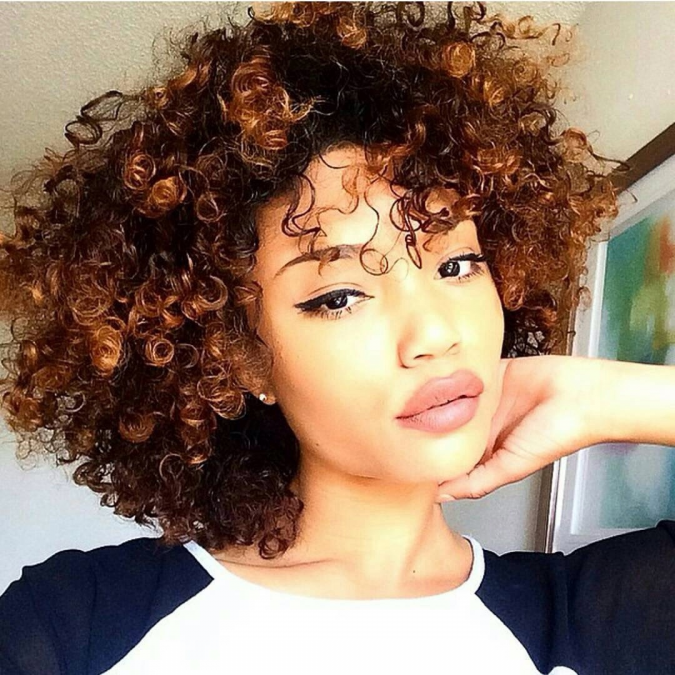 Short Curly Hairstyle for black women 2 675x675 1