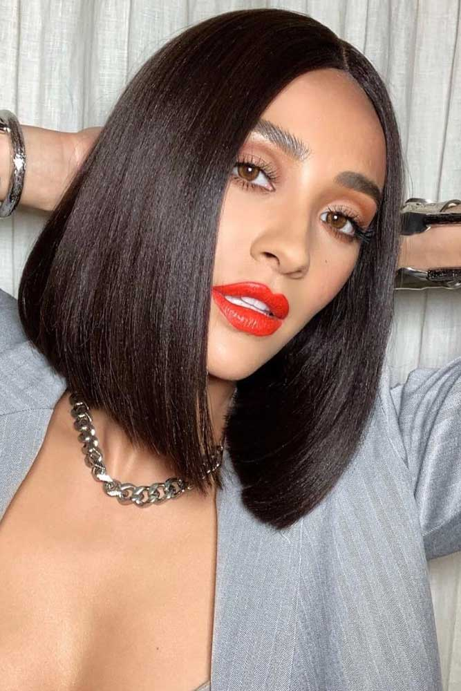 bob hairstyles for black women straight long middle parted