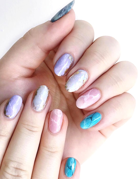 pastel marble nail art trend