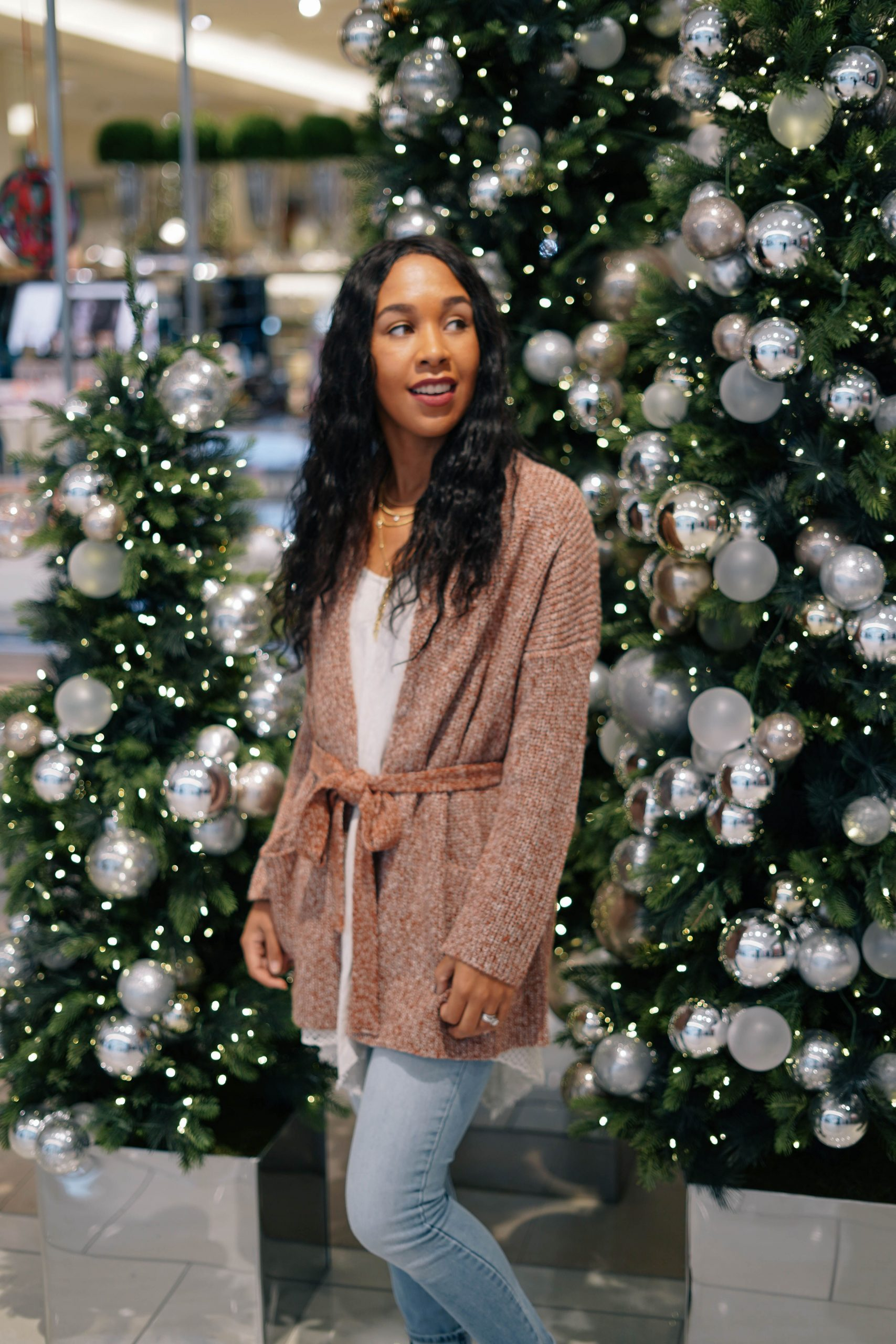 A Casual Holiday Look Giveaway Holiday Style 2018 LivingLesh scaled