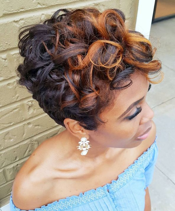 4 short black hairstyle with curls
