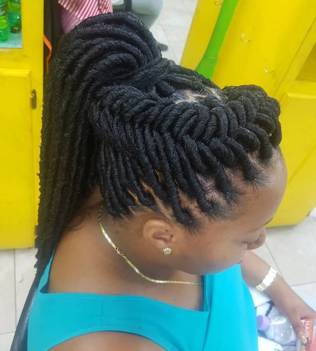 40 Fabulous Funky Ways to Pull Off Faux Locs 22