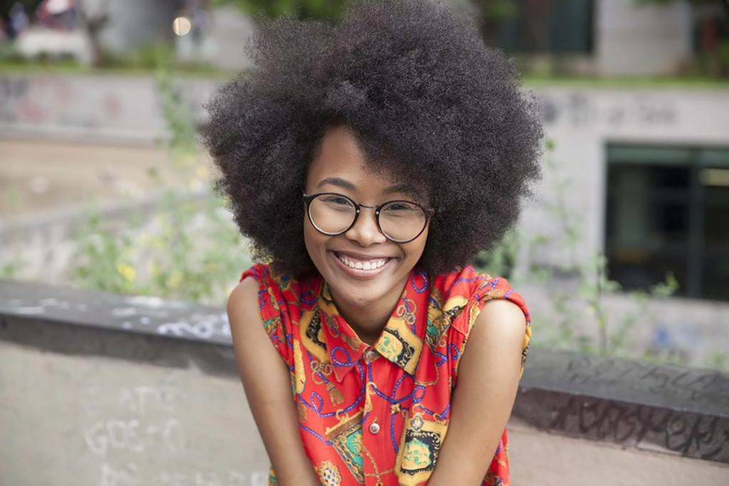 afro hairstyles short curly 1024x683 1