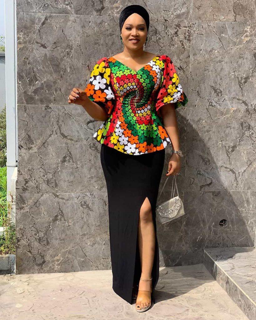 25 PHOTOS Lovely Ankara Styles by Bellaraju African Dress 22 820x1024 1