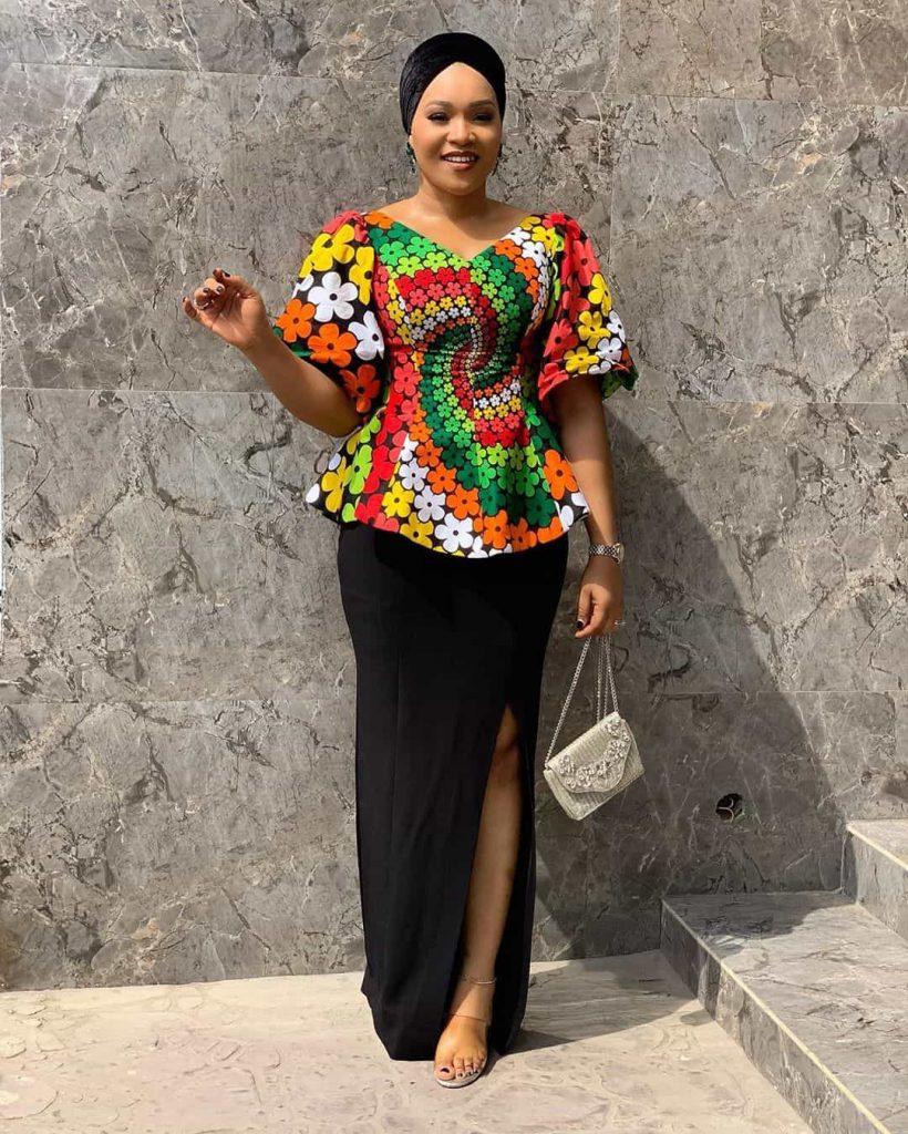 25 PHOTOS Lovely Ankara Styles by Bellaraju African Dress 23 820x1024 1