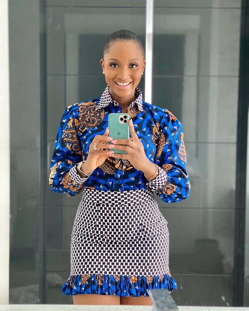 13 Enthralling Ankara Styles Alluring African Dresses For Women 2020 1 819x1024 1