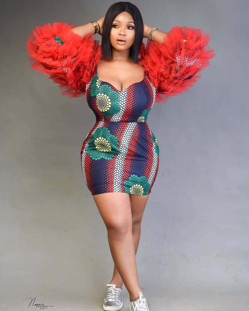 13 Enthralling Ankara Styles Alluring African Dresses For Women 2020 12 820x1024 1