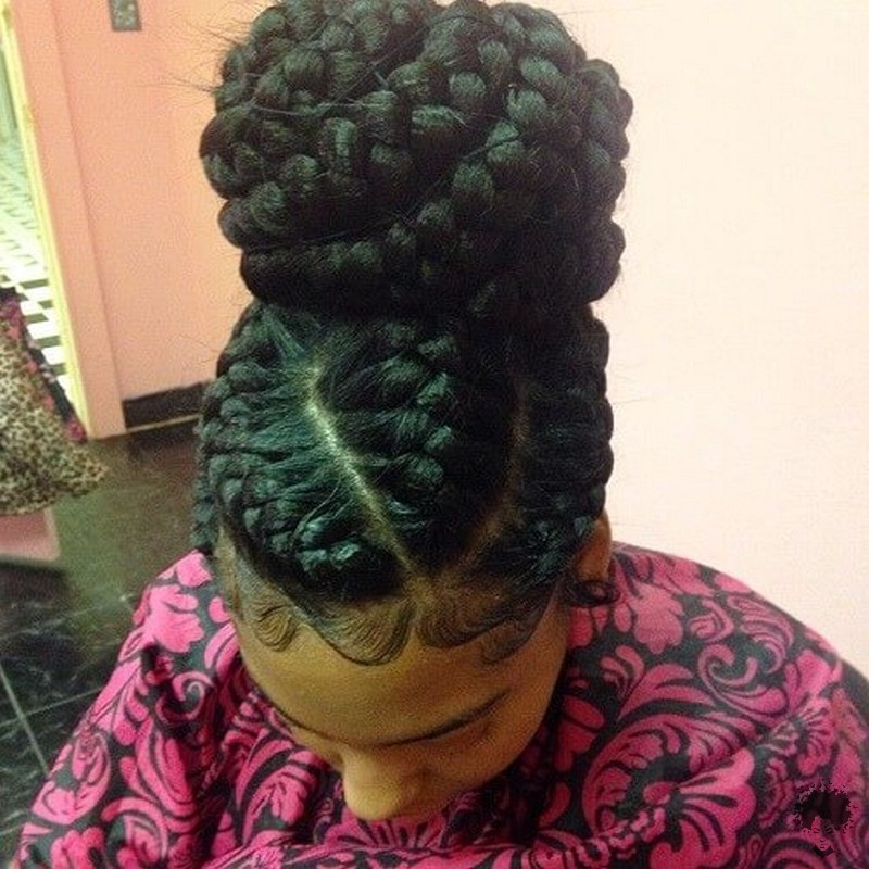 The Most Beautiful African Hair Braid Models You Can Use as a Bun 28